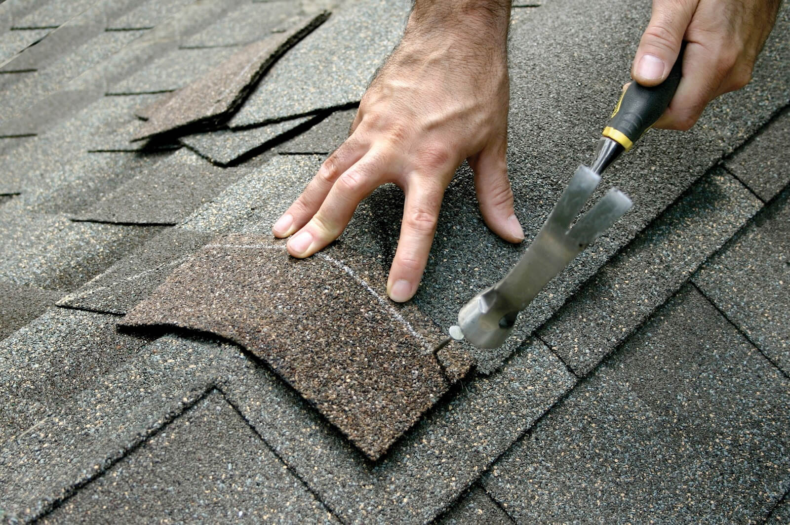 roof repair by roofing companies Arlington Heights